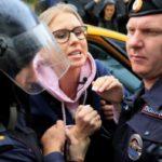 Ruská demokracie umírá a lidská práva jsou systematicky porušována